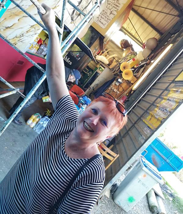 Martine FERRON, 65 ans, mamie carnavalière !