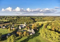 Abbaye et forêt de la Lucerne d'Outremer