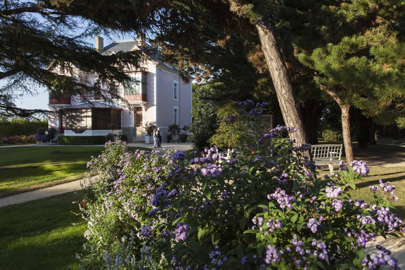 The Christian Dior garden | Destination Granville Terre et Mer