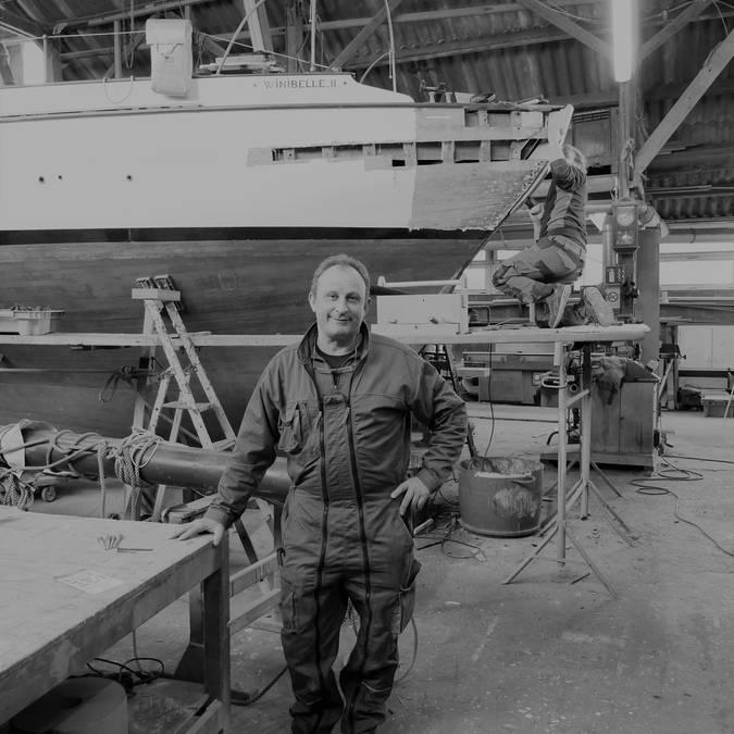 Charpentier de marine ; bateau ; chantier ; port ; granville